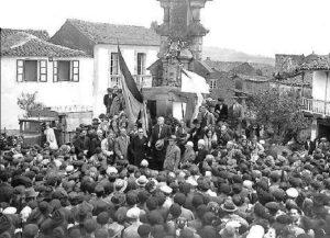 Inauguración do monumento aos mártires de Carral